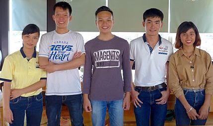 walking-tours-hanoi-team